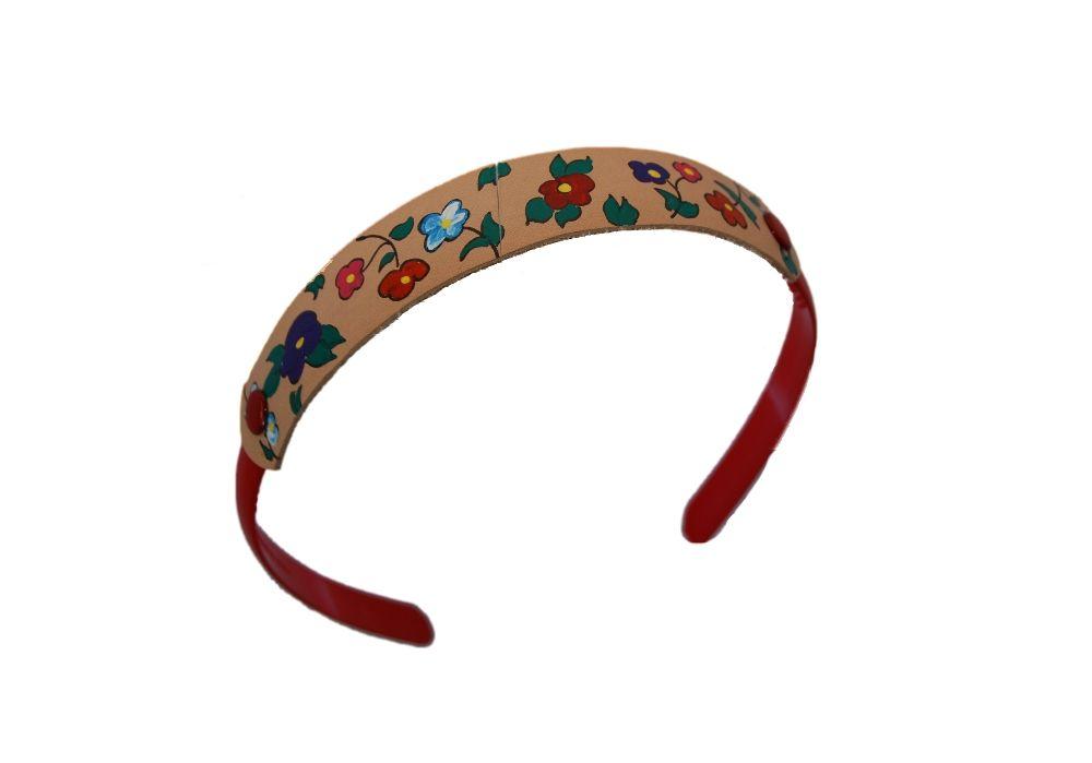Diademas forradas con tela y decoradas con motivo en piel